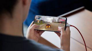 El OnePlus 7 es más poderoso de lo esperado. Crédito de la imagen: OnePlus