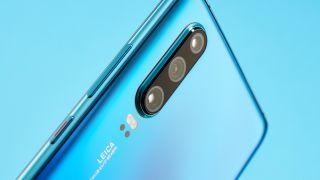 El Huawei P30 Pro es un modelo que ha enfocado el disparo de gran angular, siendo uno de sus lentes un gran angular de 16 mm