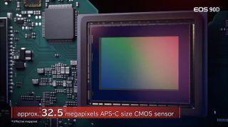 Esta es la primera vez que vemos a Canon usando un sensor APS-C de 32.5MP en dicha cámara
