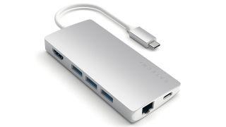Adaptador USB-C de múltiples puertos de aluminio Satechi V2