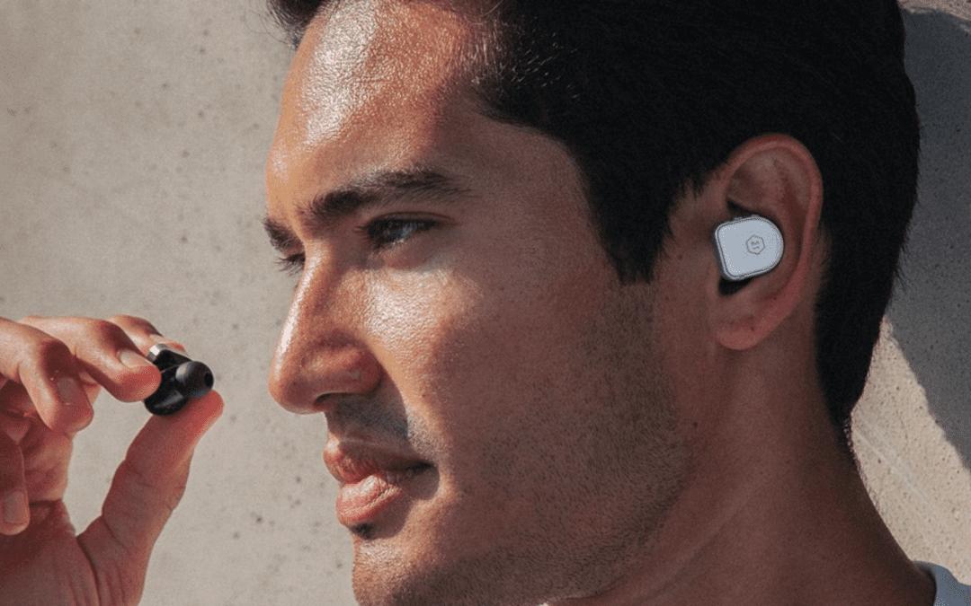 Los verdaderos auriculares inalámbricos MW08 están listos para entrenar en una nueva actualización