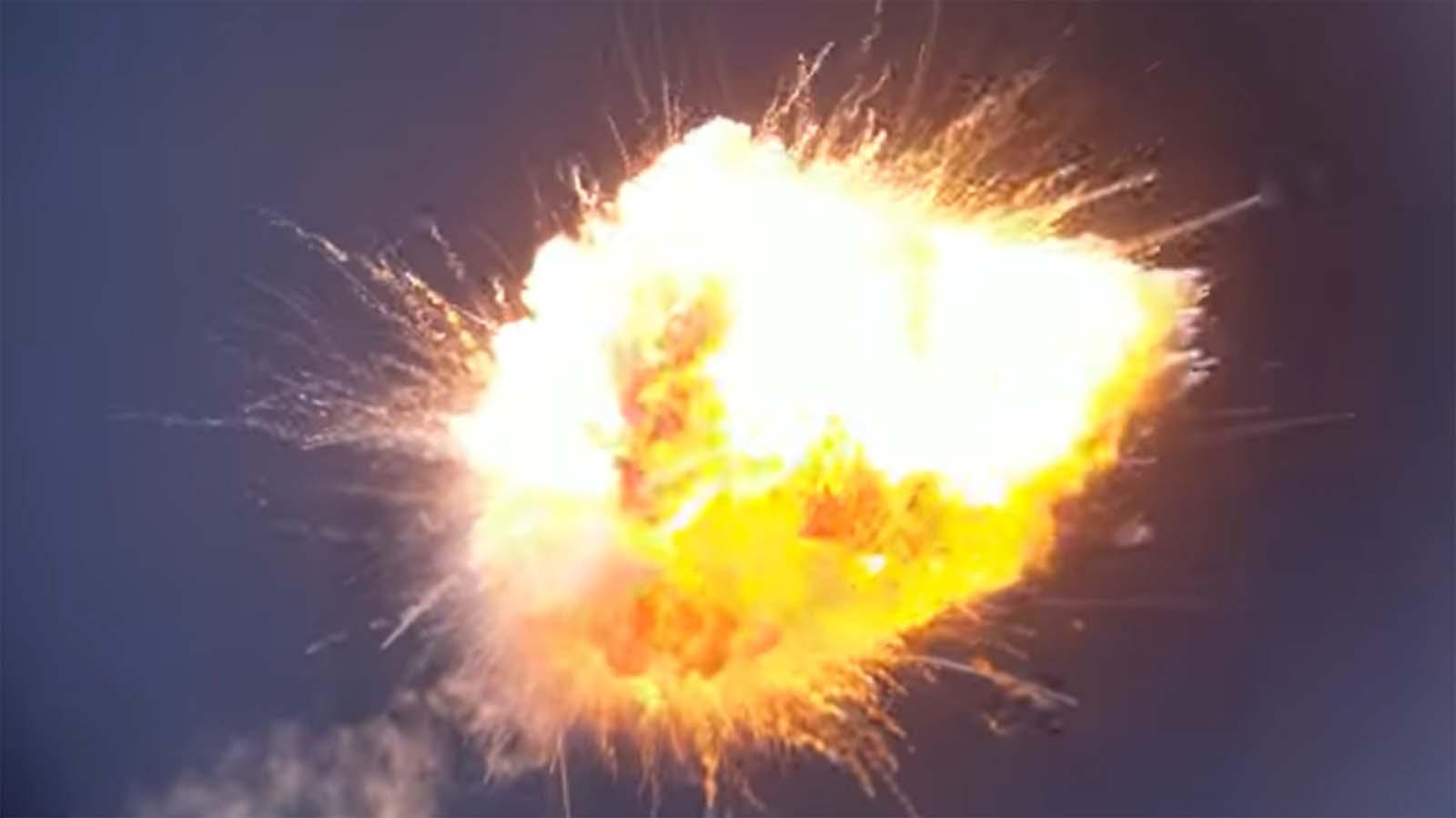 El lanzamiento del cohete Firefly Aerospace termina en una explosión dramática