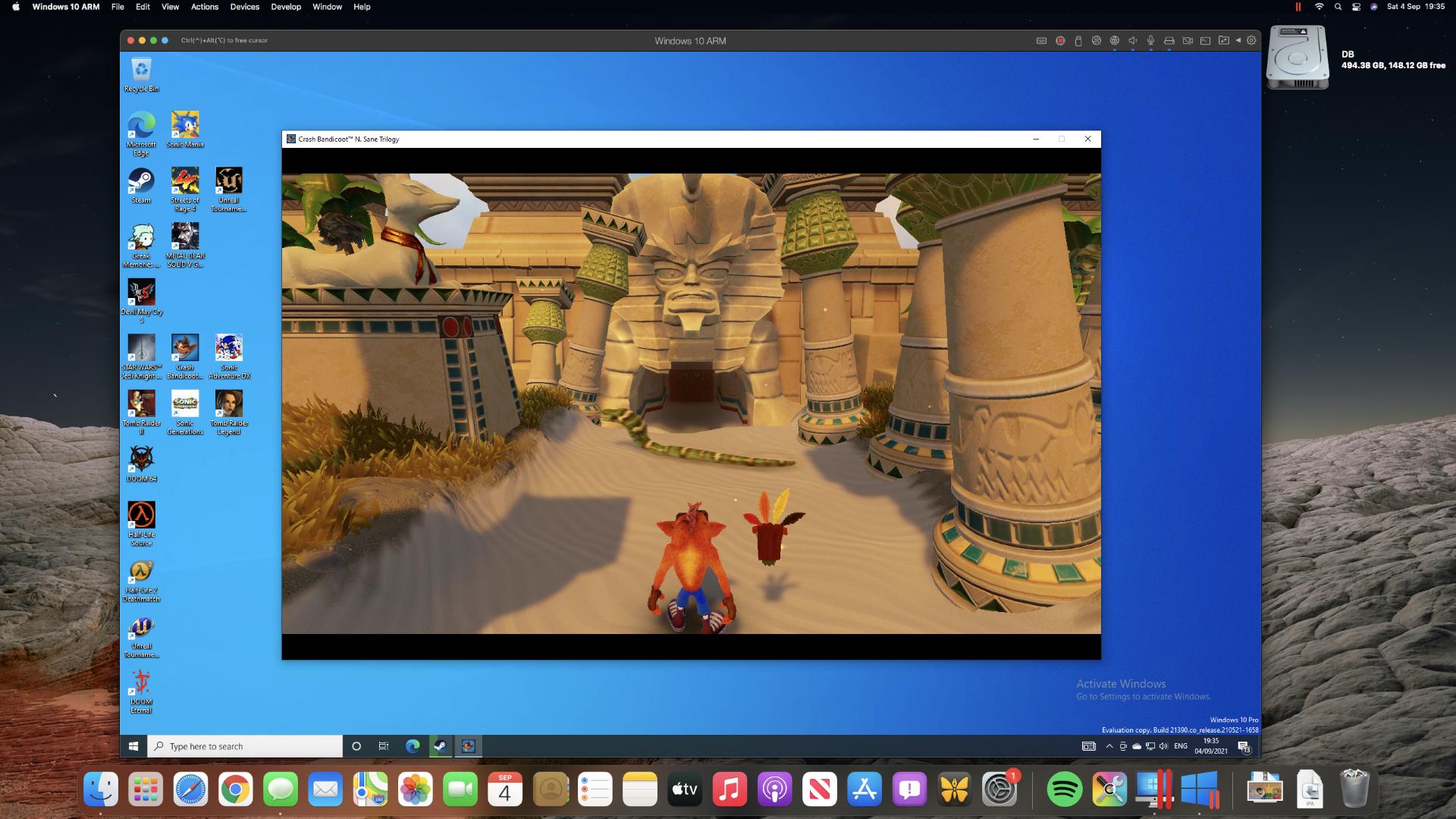 Crash Bandicoot 3 ejecutándose en Parallels Desktop en una Mac mini M1