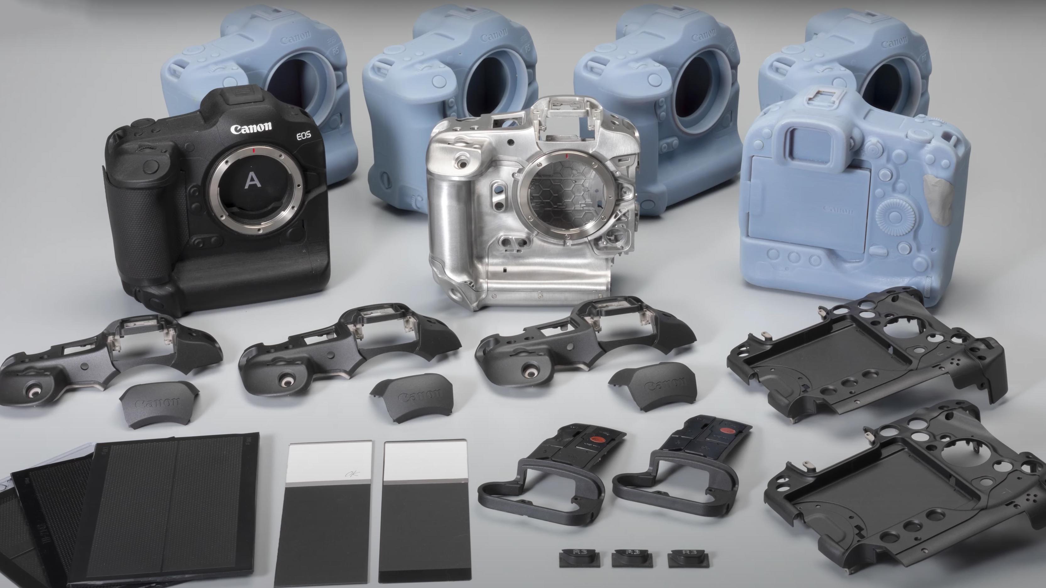 Algunos prototipos de la cámara sin espejo Canon EOS R3