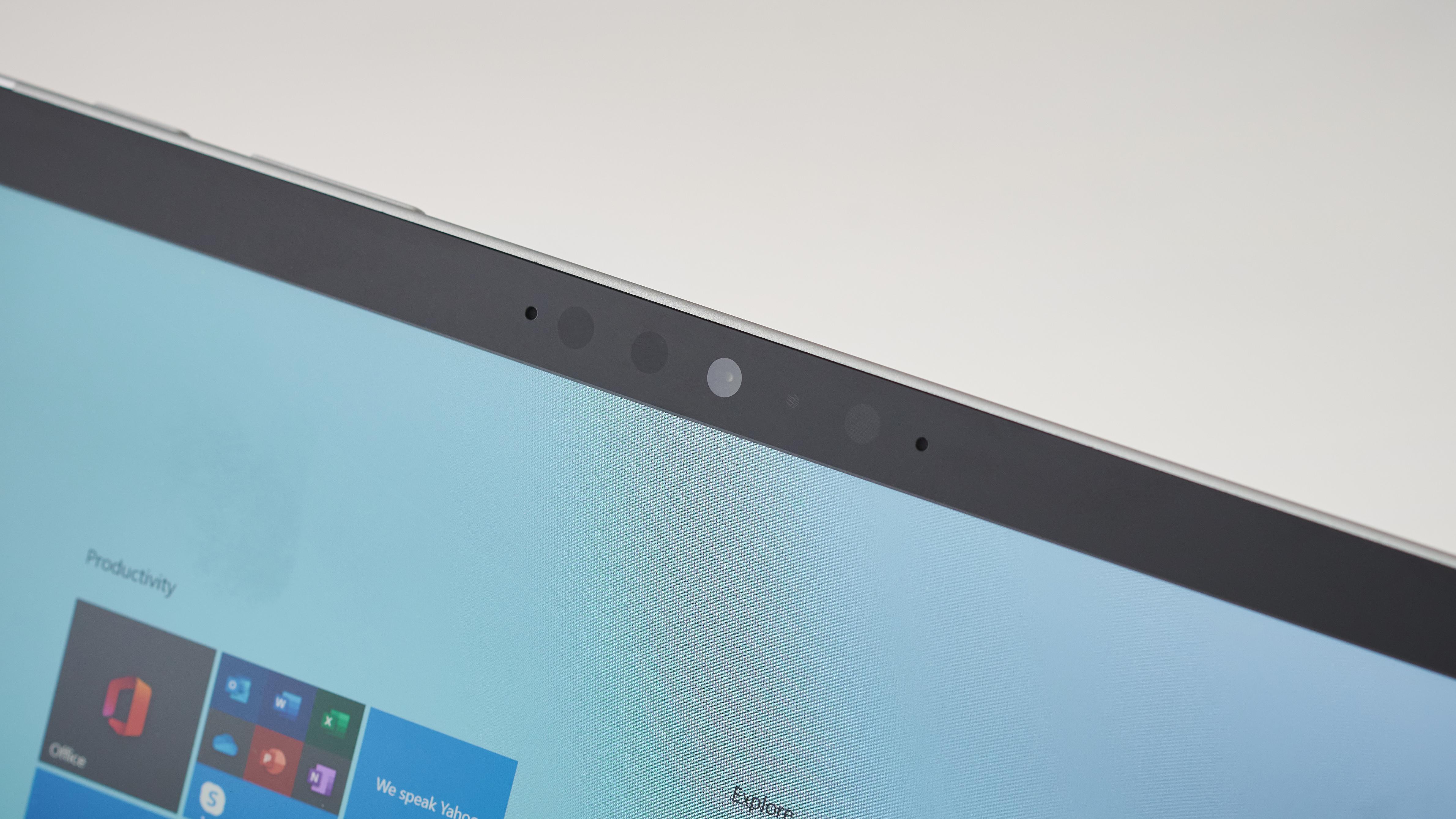 Marcos de pantalla y cámara Microsoft Surface Go 2